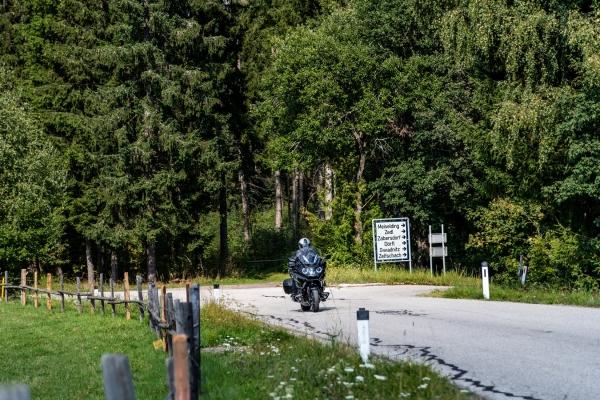 2018-12-27-kaernten-gurktal-motorcyclepicx580868E5-1BF7-CF39-BB9C-EE1596DDC53D.jpg