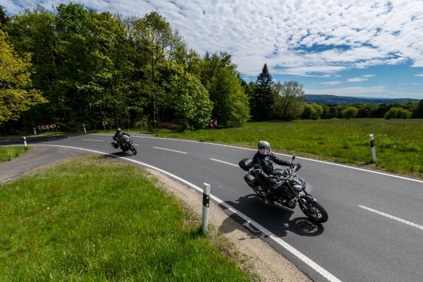 2019-06-03-motorradstrasse-hessen-3E37D13F2-0538-C79C-F815-AD884668E246.jpg