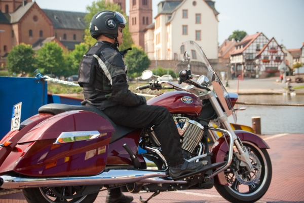 2019-06-05-motorradstrasse-hessen-506BEE879-5792-D518-DE63-A87C07BA5D5F.jpg