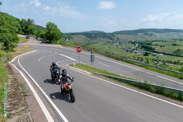 2020-11-moseltourenmotorradtour-eifel-mosel-hunsrueck-703998986B13-A9F4-BBF9-A276-84E02C1C6103.jpg