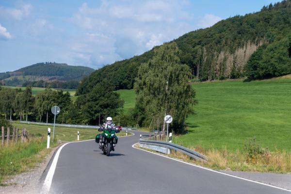 2020-12-bikerwirte-sauerland-1-29B67432F-738D-8180-7237-091573135BA7.jpg