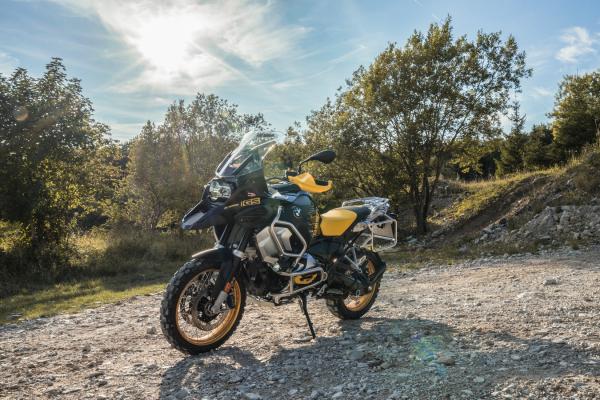 Reiseenduros im Modelljahr 2021- BMW R 1250 GS Adventure 40 Years GS © Ulf Böhringer. Mehr dazu unter www.motorradstrassen.de