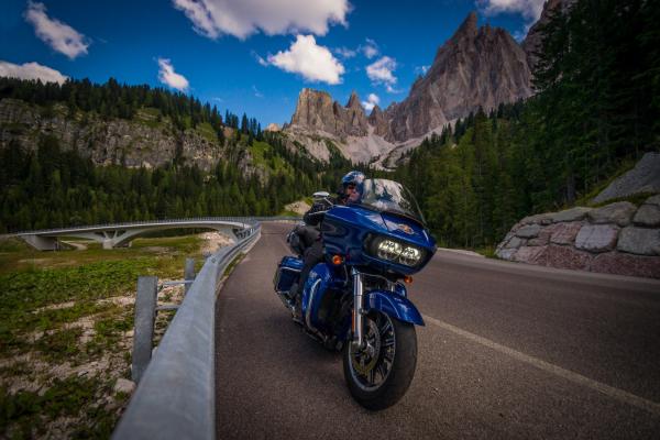 Motorradtouren mit Konrad - Hotel Condor - Motorradhotel in den Dolomiten©motorradstrassen
