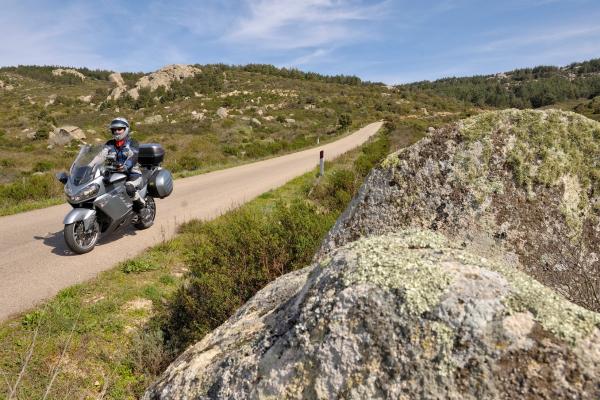 Motorrad fahren - Sardinien - Hochland bei Tempio © Heinz E. Studt