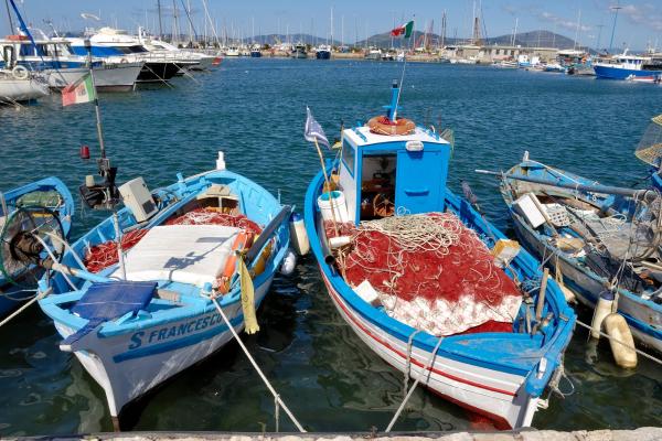 Motorrad fahren - Sardinien - Hafen von Alghero © Heinz E. Studt